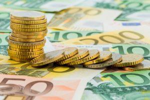 Pronóstico del euro: tras la baja del BCE, atención a la política