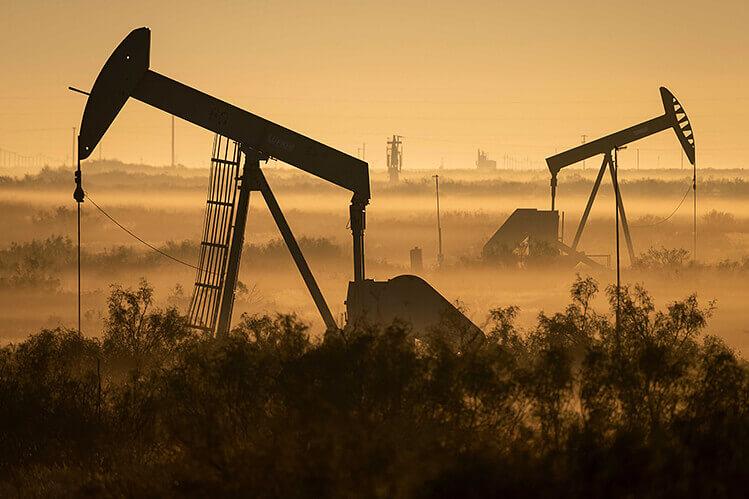 Mercados petroleros divididos entre dos fuerzas rivales NBF